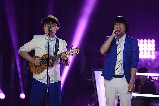 中国好声音哈林组蘑菇兄弟活泼搞笑
