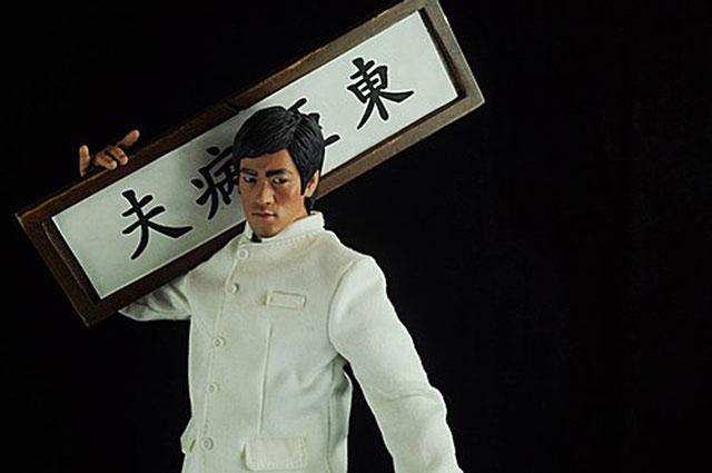 """李小龙摆脱""""东亚病夫""""称号"""