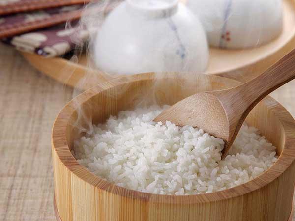 一碗白米饭的情意
