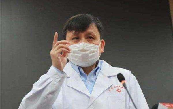 张文宏回答称,无论是药物还是疫苗上市都需要走完严格的流程,短期内不要有太高的想象。