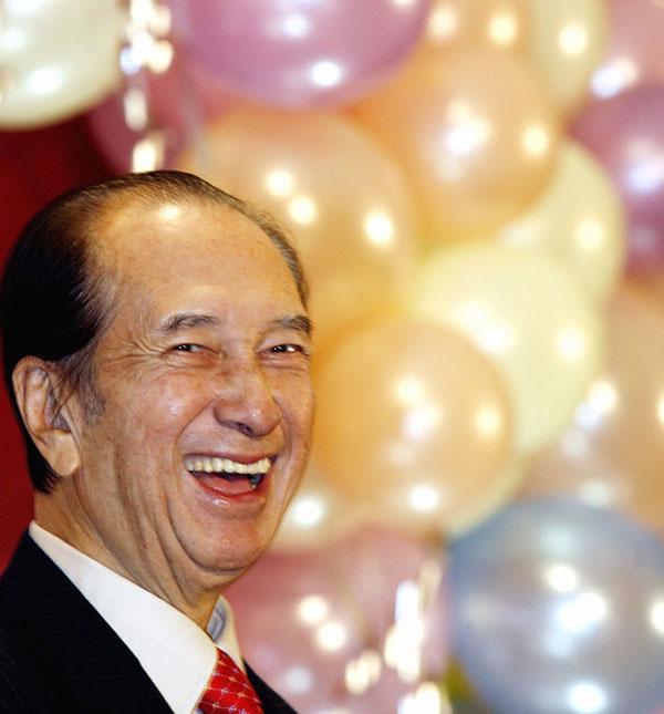 2006年,何鸿燊庆祝自己的85岁生日。