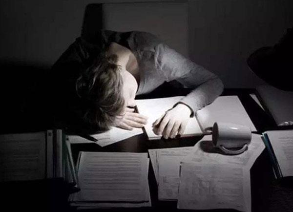 有三大原因都在影响着睡眠