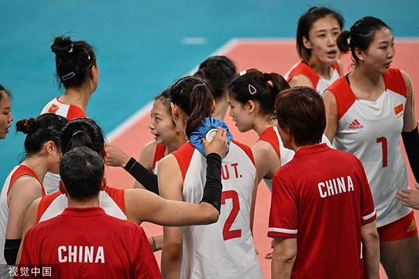 """中国女排出局创最差纪录 """"看不懂""""的郎平难辞其咎"""