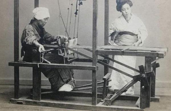 """当时的日本的确选拔、教育并培养了一些年轻力壮的中国男性,为日本的女人提供了""""性服务""""。"""