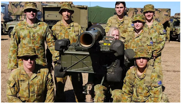 澳大利亚没有获得过一丝一毫的所谓国家利益,而且每次都被揍得灰头土脸,但澳大利亚从来冲锋在前