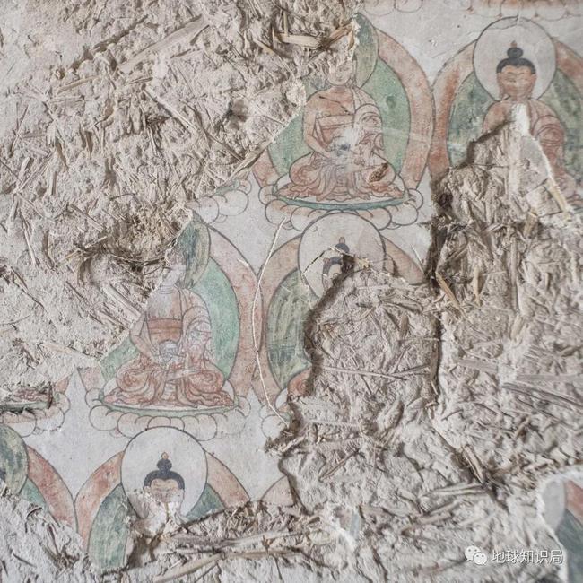 石窟内的佛像与壁画已经遭到严重损害
